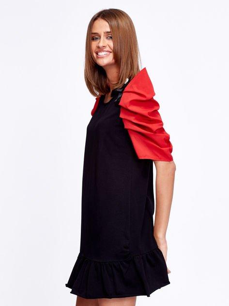 Czarno-czerwony strój wróżki                              zdj.                              6