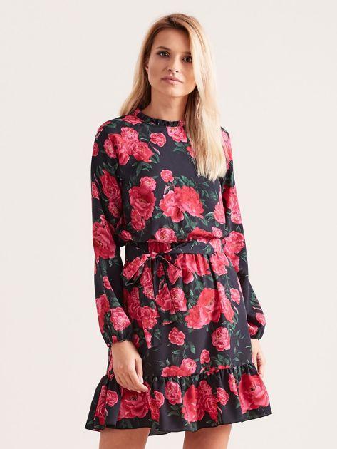 Czarna sukienka z falbaną w kwiaty                              zdj.                              1