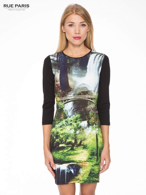 Czarna sukienka z fotograficznym nadrukiem krajobrazu                                  zdj.                                  1