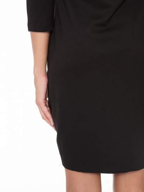 Czarna sukienka z fotograficznym nadrukiem krajobrazu                                  zdj.                                  9