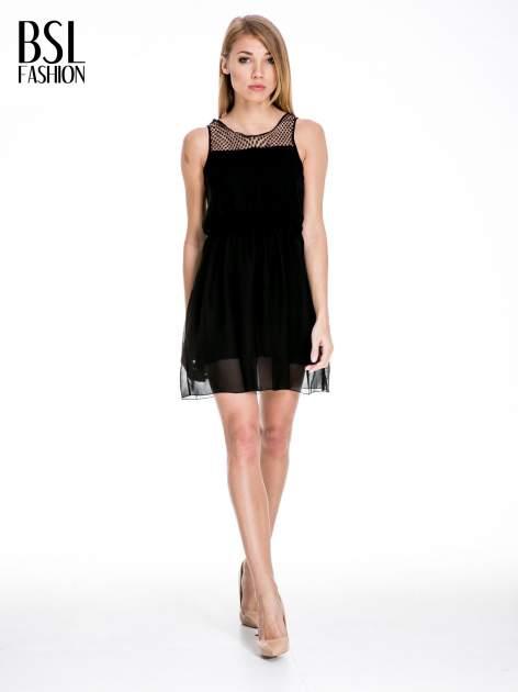 Czarna sukienka z koronkowym karczkiem                                  zdj.                                  2