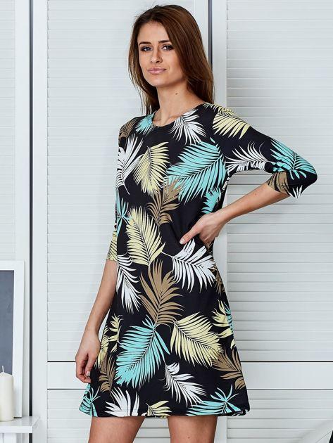 Czarna sukienka z motywem palmowych liści                              zdj.                              3
