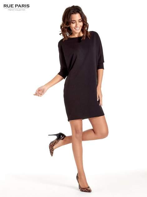 Czarna sukienka z rękawem przed łokieć                                  zdj.                                  4