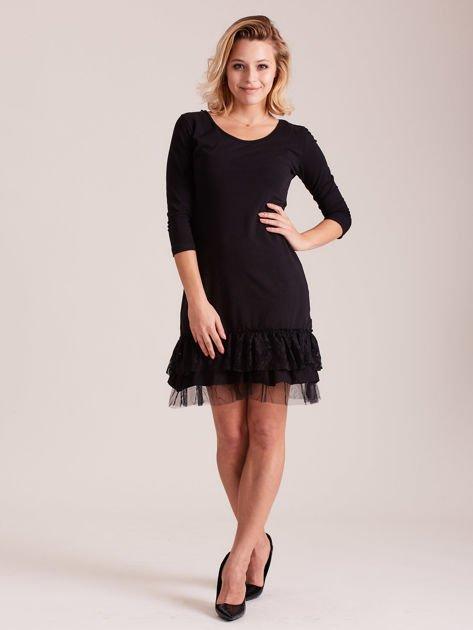 Czarna sukienka z tiulem i koronkową falbaną                              zdj.                              5