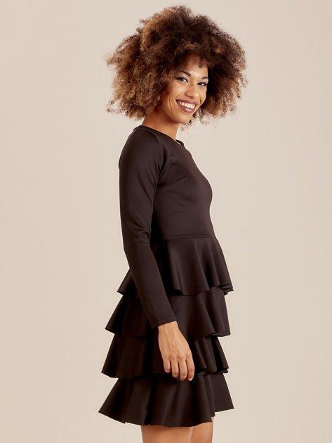 Czarna sukienka z warstwowymi falbanami                              zdj.                              3