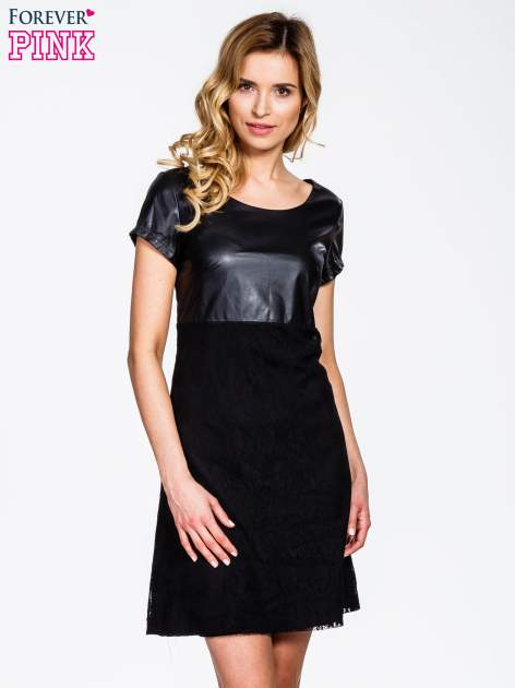 Czarna sukienka ze skórzanym i koronkowym wykończeniem                                  zdj.                                  1
