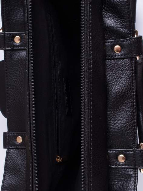 Czarna torba kuferek z klapką                                  zdj.                                  4