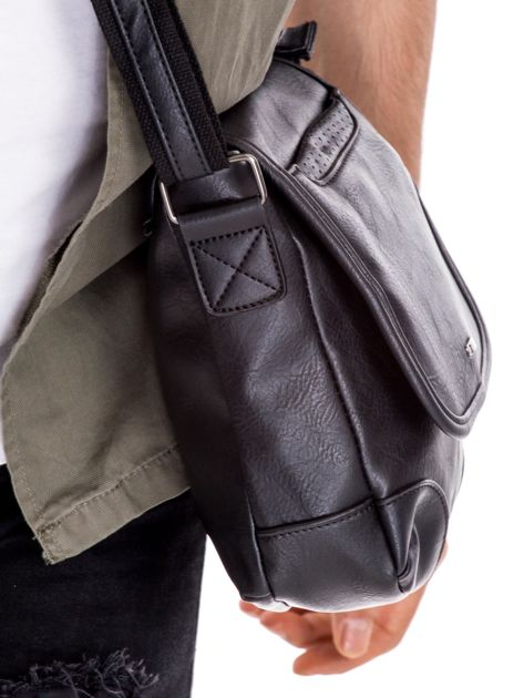 Czarna torba męska na ramię                              zdj.                              2
