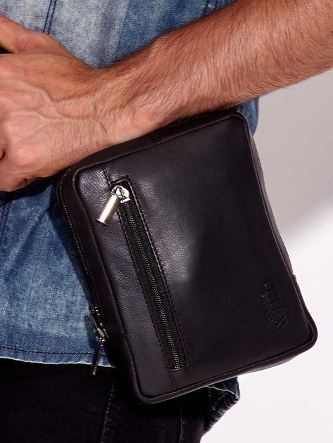 Czarna torba męska ze skóry naturalnej na ramię                              zdj.                              4