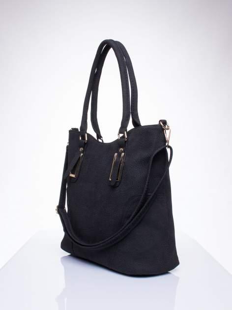 Czarna torba shopper bag ze złotymi okuciami przy rączkach                                  zdj.                                  2