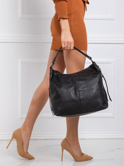 Czarna torba z ekoskóry