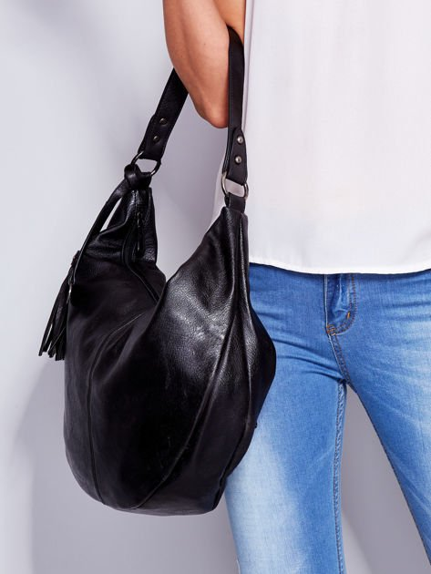 Czarna torba z przywieszką                              zdj.                              5