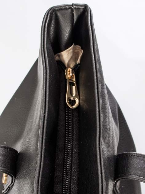 Czarna torba ze złotym detalem                                  zdj.                                  8