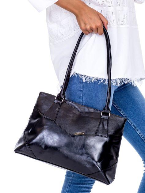 Czarna torebka damska ze skóry ekologicznej                              zdj.                              2