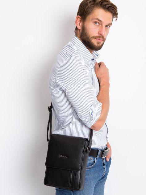 Czarna torebka męska z klapką                              zdj.                              2