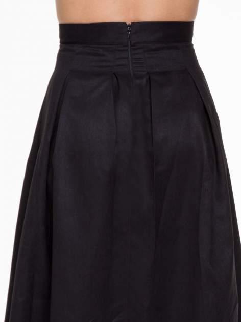 Czarna zamszowa spódnica midi z kontrafałdami                                  zdj.                                  6