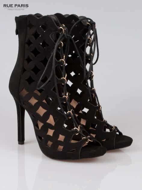Czarne ażurowe botki faux suede Cristal lace up z zamkiem