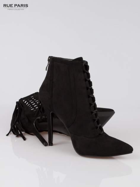 Czarne ażurowe botki faux suede Florence z frędzlami                                  zdj.                                  4