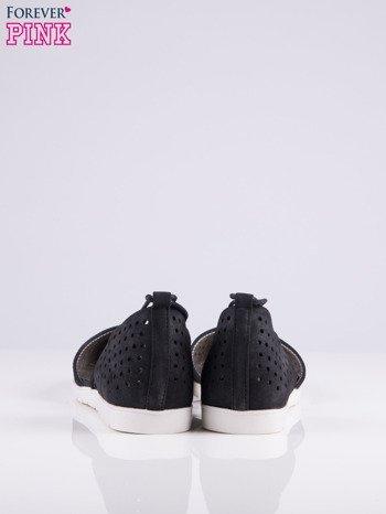 Czarne ażurowe sandały wiązane wokół kostki                                   zdj.                                  5