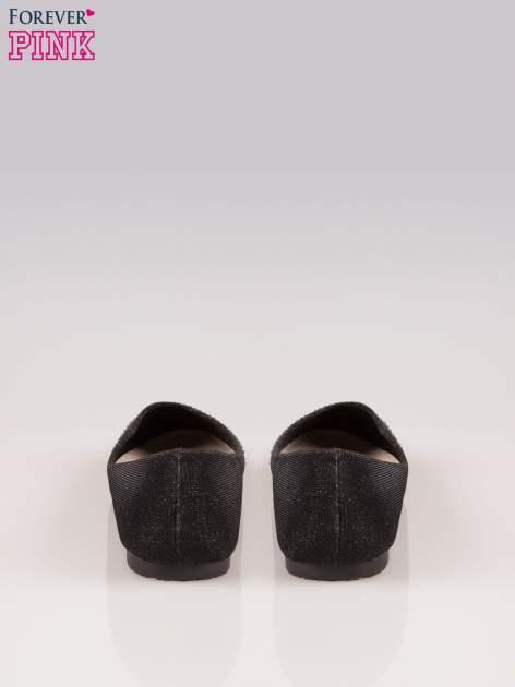 Czarne baleriny z efektem glitter i lakierowanym noskiem                                  zdj.                                  3