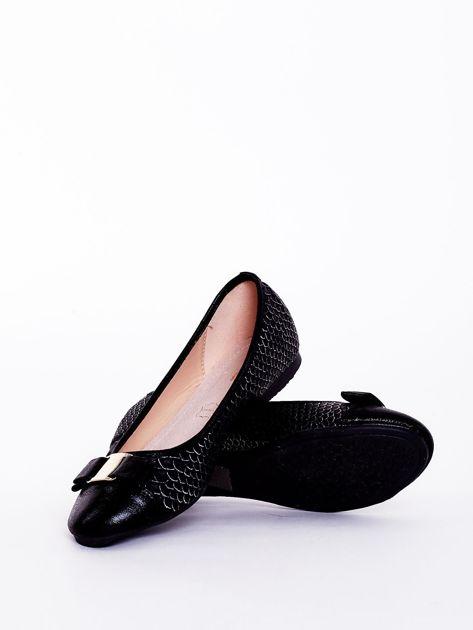 Czarne baleriny z motywem animal skin                               zdj.                              2