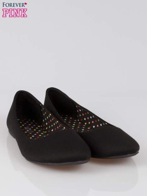 Czarne baletki z tkaniny                                  zdj.                                  2