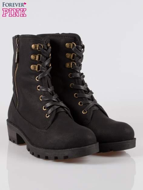 Czarne botki worker boots z zamkiem z boku                                  zdj.                                  2