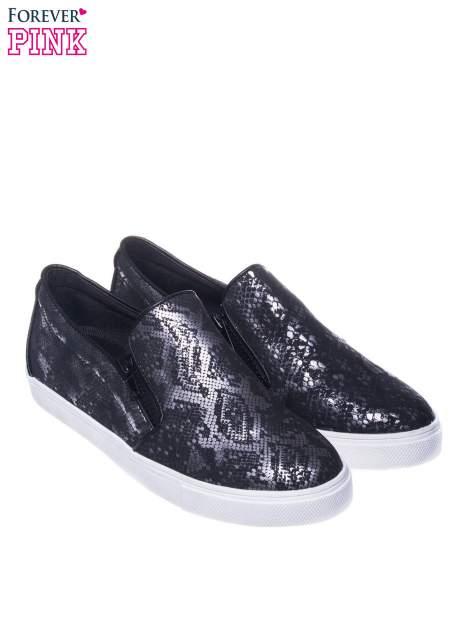 Czarne buty slip on Katie ze skóry węża                                  zdj.                                  2