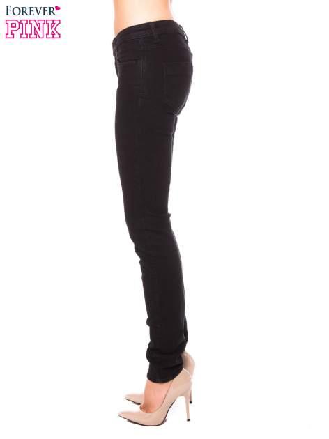 Czarne klasyczne jeansy rurki                                  zdj.                                  2