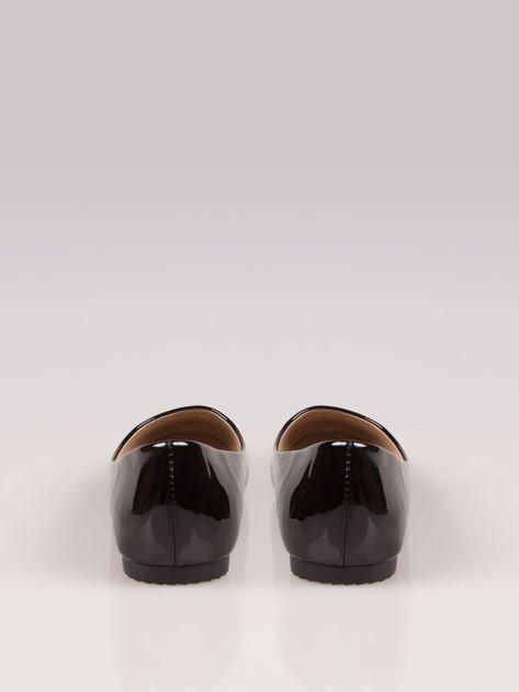 Czarne lakierowane baleriny Two-color z białym noskiem                                  zdj.                                  2