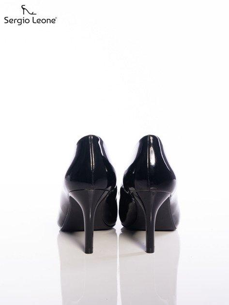 Czarne lakierowane szpilki Sergio Leone na cienkim obcasie z noskiem w szpic                                   zdj.                                  3