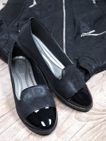 Czarne mieniące baleriny Glossy z lakierowanym przodem                                  zdj.                                  2