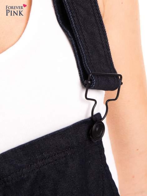 Czarne ogrodniczki jeansowe z kieszeniami                                  zdj.                                  7