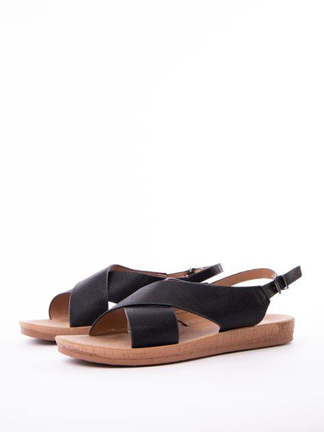 Czarne sandały Mulanka z tłoczoną fakturą                               zdj.                              3