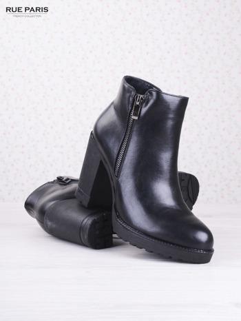 Czarne skórzane botki faux leather Dakota na słupku zapinane na suwak                                  zdj.                                  3
