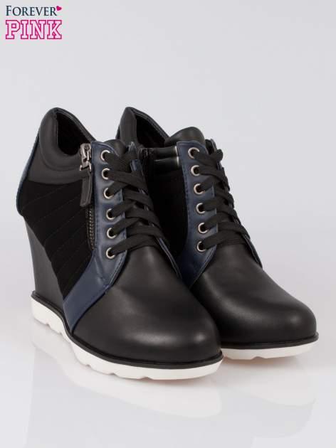 Czarne sneakersy damskie na traktorowej podeszwie                                  zdj.                                  2