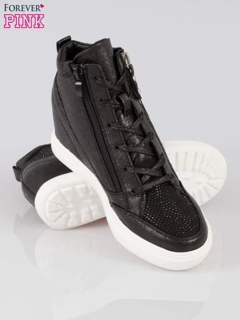 Czarne sneakersy damskie z kryształkami                                  zdj.                                  4