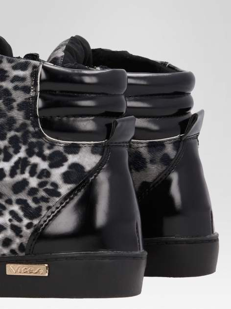 Czarne sneakersy damskie z motywem panterki                                  zdj.                                  8