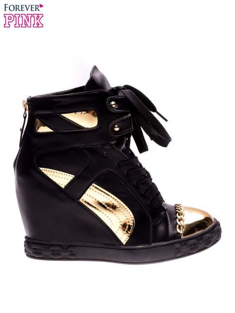 Czarne sneakersy ze złotą blaszką                                  zdj.                                  1