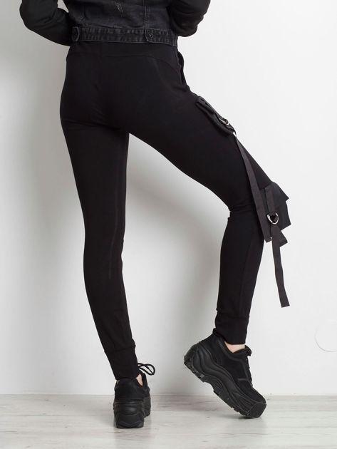 Czarne spodnie Vulnerable                              zdj.                              2