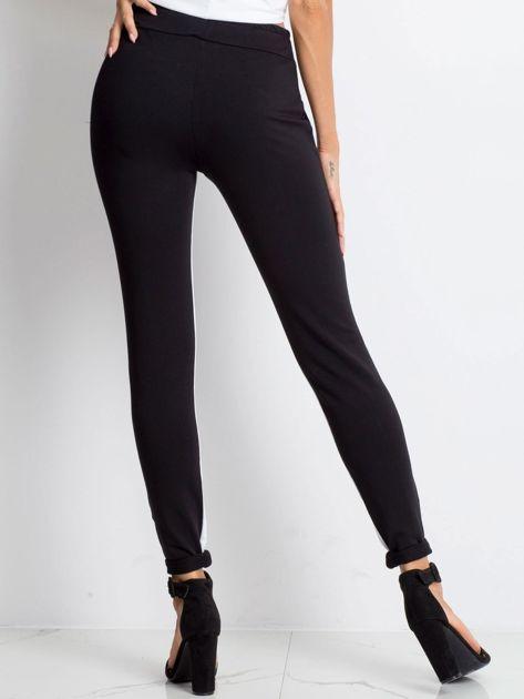 Czarne spodnie dresowe Defined                              zdj.                              2