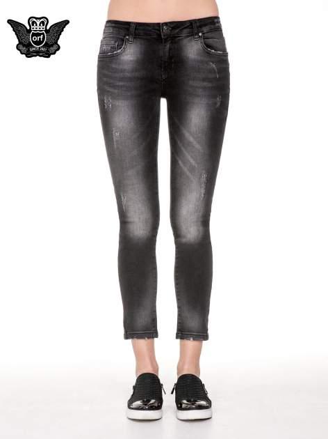 Czarne spodnie jeansowe 7/8 z rozjaśnianą nogawką                                  zdj.                                  5