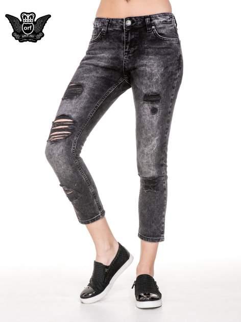 Czarne spodnie jeansowe rurki z dziurami przetarciami                                  zdj.                                  1