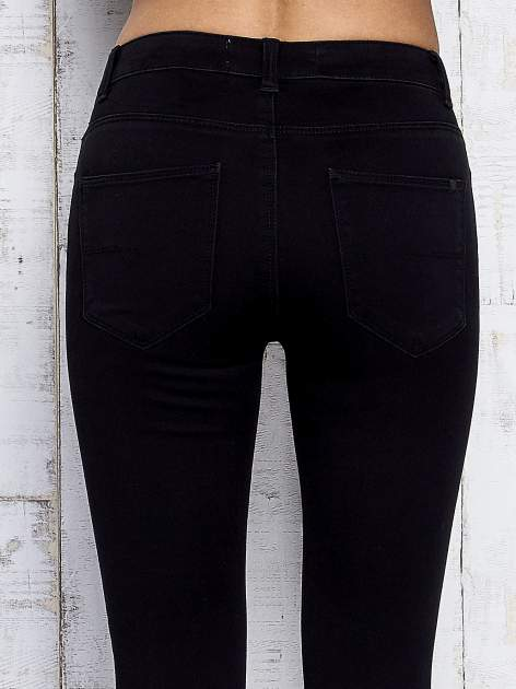 Czarne spodnie skinny jeans z napami                                  zdj.                                  6