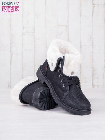 Czarne sznurowane botki eco leather Chill z futrzanym kołnierzem i srebrzystą nitką                                  zdj.                                  3