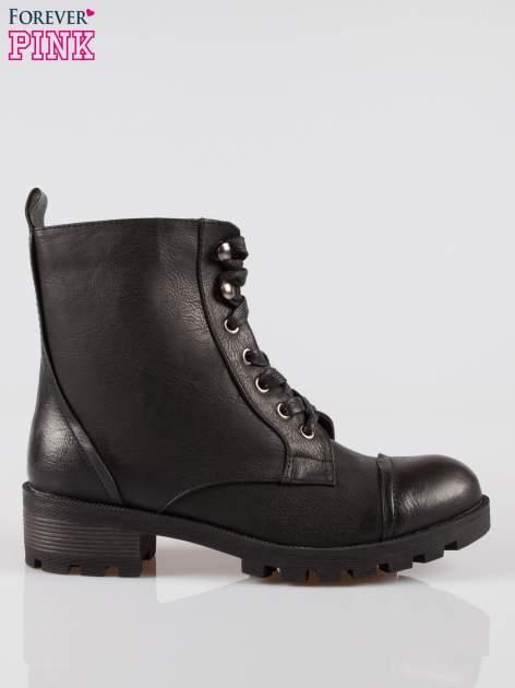 Czarne sznurowane botki workery
