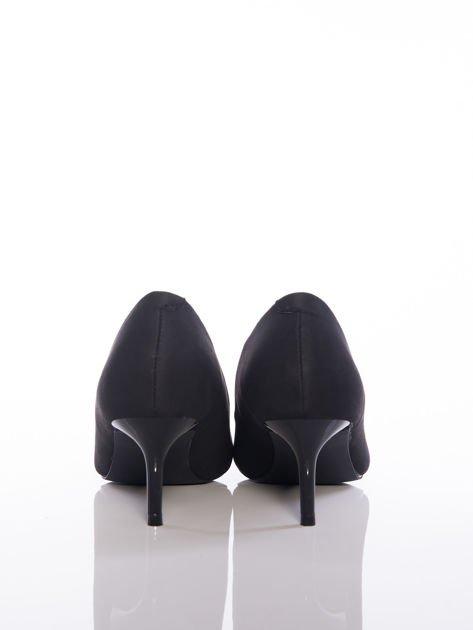 Czarne szpilki na niskim obcasie z noskiem w szpic                              zdj.                              3