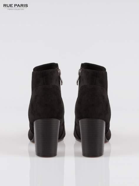 Czarne zamszowe botki ankle heels na słupku                                  zdj.                                  3