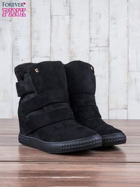 Czarne zamszowe sneakersy bandage                                  zdj.                                  3