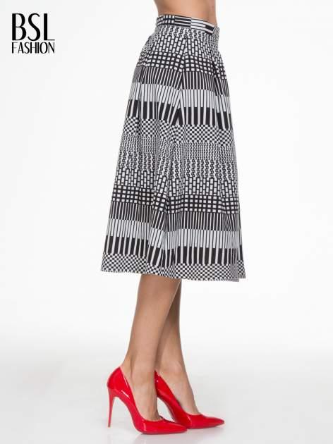 Czarno-biała spódnica midi w geometryczny wzór II                                  zdj.                                  3